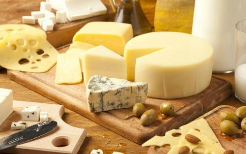 チーズ好きにはたまらない!チーズを楽しむ簡単レシピ5つ
