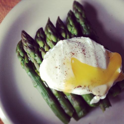 時間がないときに試してみたい!電子レンジで調理しても爆発しない卵レシピ