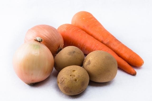 ラップやポリ袋を活用!根野菜を美味しく保存する方法