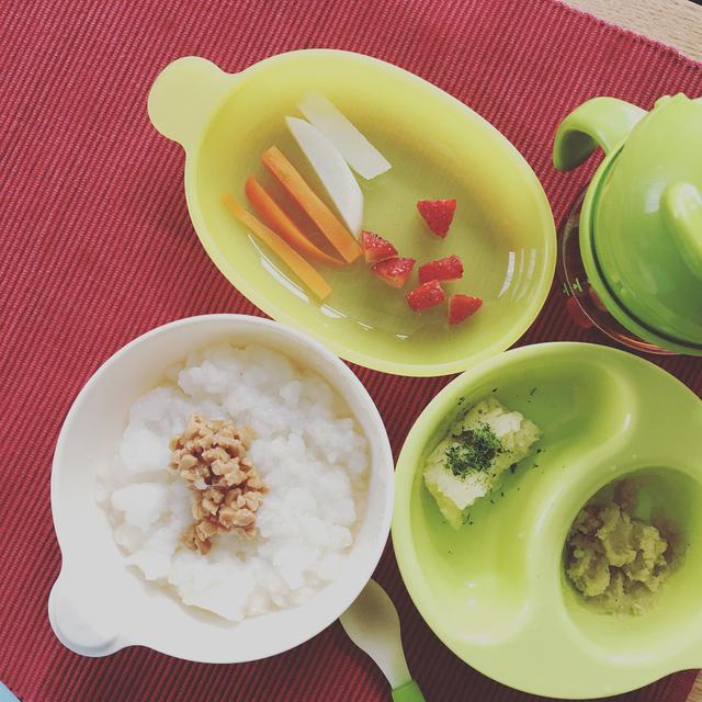 【離乳食後期】野菜もパクパク♪ 手づかみ食べにぴったりの野菜の離乳食レシピ