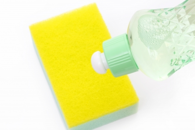 手指の乾燥が気になる季節に♪ 食器洗いの洗剤も「無添加」「低刺激」がおすすめ