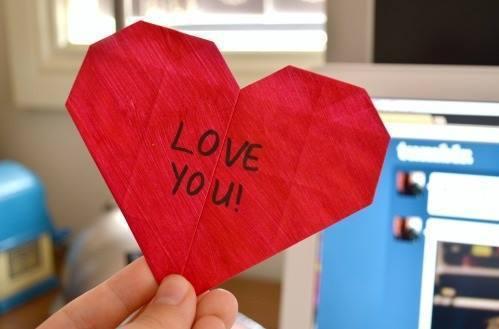 ラッピングや飾り付けにも!バレンタインに作りたいハートの折り紙