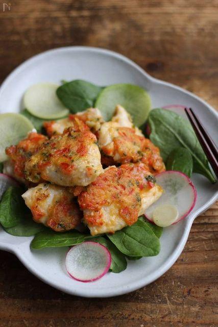 下味に漬けて簡単メインディッシュ♪ 鶏むね肉の漬け込みレシピ
