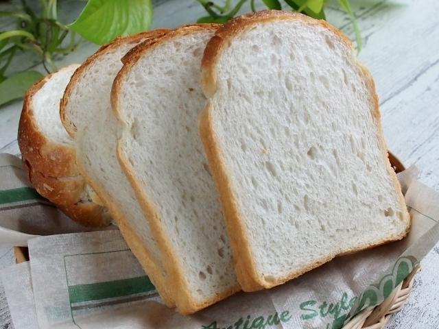 朝はパン派の人にもおすすめ♪ 安心して食べられる市販の「無添加」食パンは?