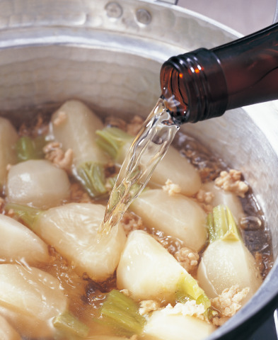 料理酒やみりん風調味料は添加物だらけ⁈ 本物の「酒」と「みりん」の選び方