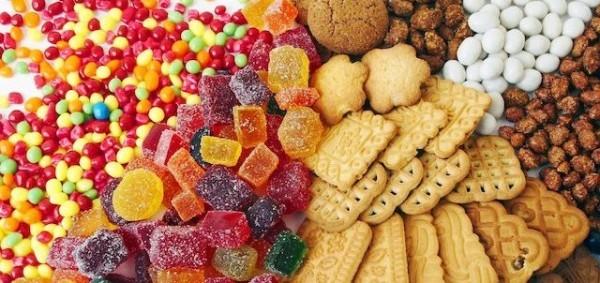 コンビニやスーパーで買える低添加・無添加のお菓子まとめ