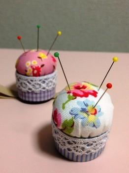 かわいいカップケーキみたいなピンクッションを手作り♡