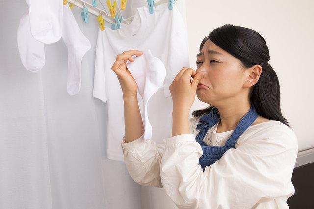 どうする?梅雨のお洗濯…グッズとアイディアを活用して部屋干しのストレスを解消しよう!
