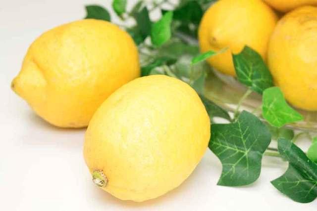 国産レモンなら皮まで使っても安心♡蒸し暑い季節にうれしい、レモンを丸ごと使ったお料理レシピ