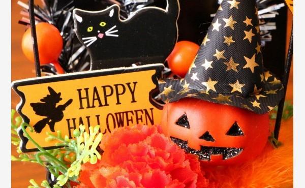 ハロウィンですね!10月のお部屋はオレンジ色をアクセントにした飾りつけを楽しみましょう♪