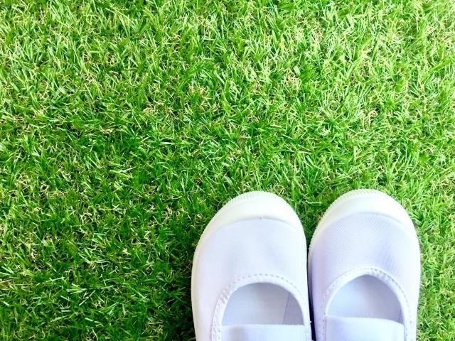 子供の上靴を白く洗い上げるにはどうすればいいの?どんなコツがあるのでしょうか
