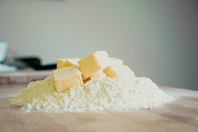バターを柔らかくする裏ワザと定番、グッズのご紹介