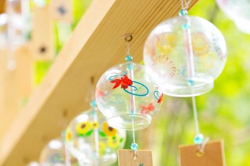 夏を楽しむ♪風鈴を子どもと手作りして、飾ってみよう!