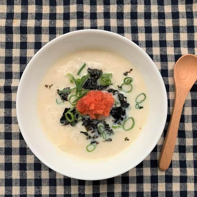 忙しい朝にもぴったり! レンジで作れる「雑炊」のレシピいろいろ