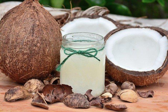 ココナッツオイルは良いことづくし!大人気のその秘密に迫る