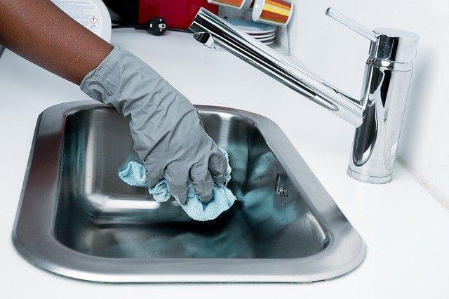 裏ワザで時短&ラクに!「洗面台」掃除がラクになる裏ワザまとめ