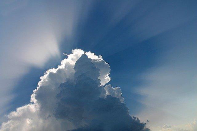 晴れ、雨、雲・・・子どもの興味をかき立てる天気がテーマの本~絵本から図鑑まで~